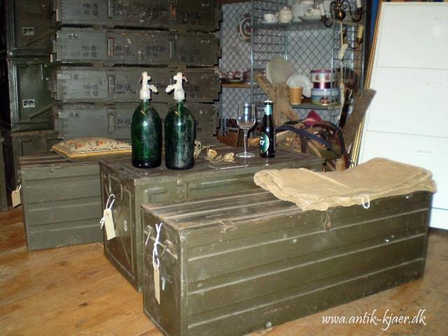 Militær kasser - Kjærs Antik og genbrug gelsted